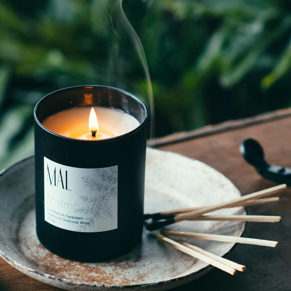 スウェーデンのナチュラルな香りのキャンドルMALMalmö-レトロなウッドトーン