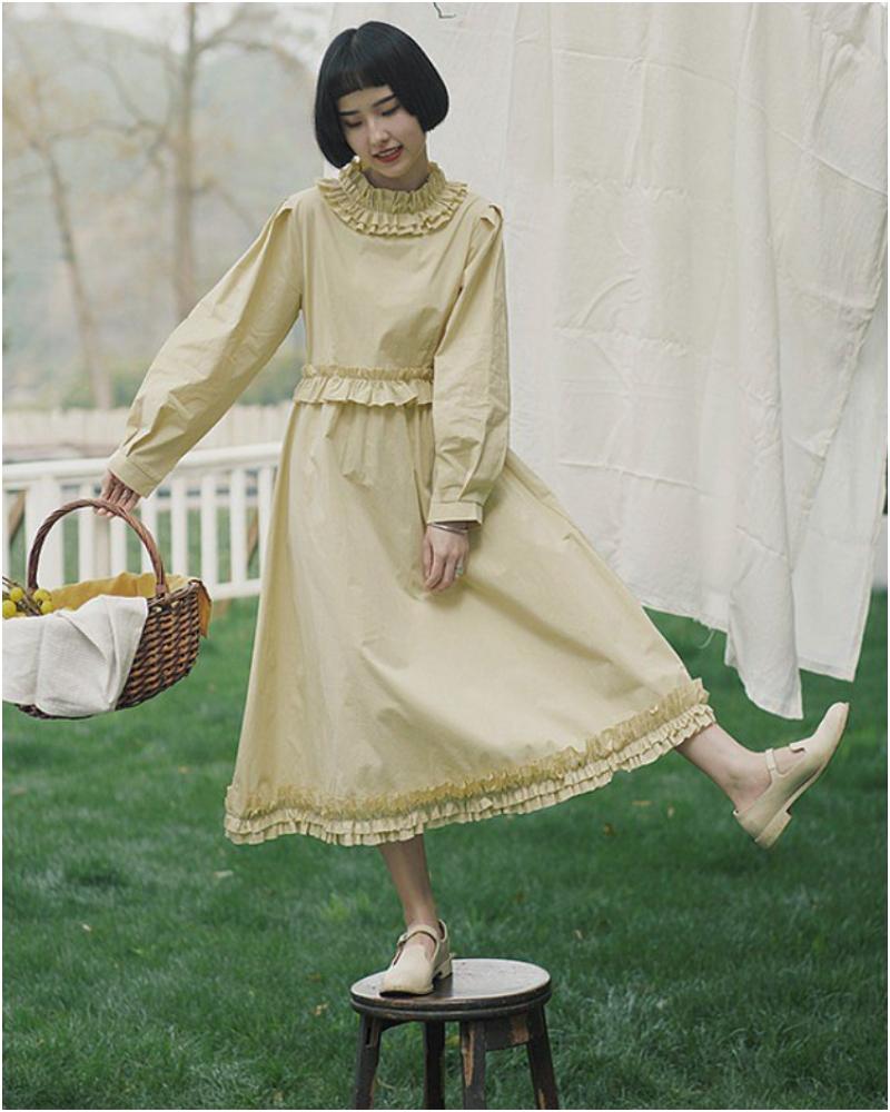 暖米黃色花邊設計復古長裙