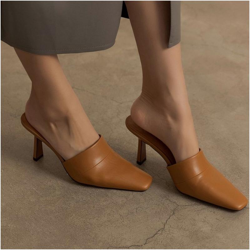 復古尖頭胎牛皮細跟拖鞋
