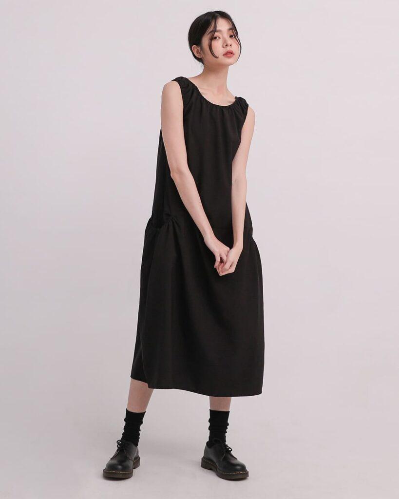 2021夏天穿搭 連身裙 連身裙穿搭 背心連身裙