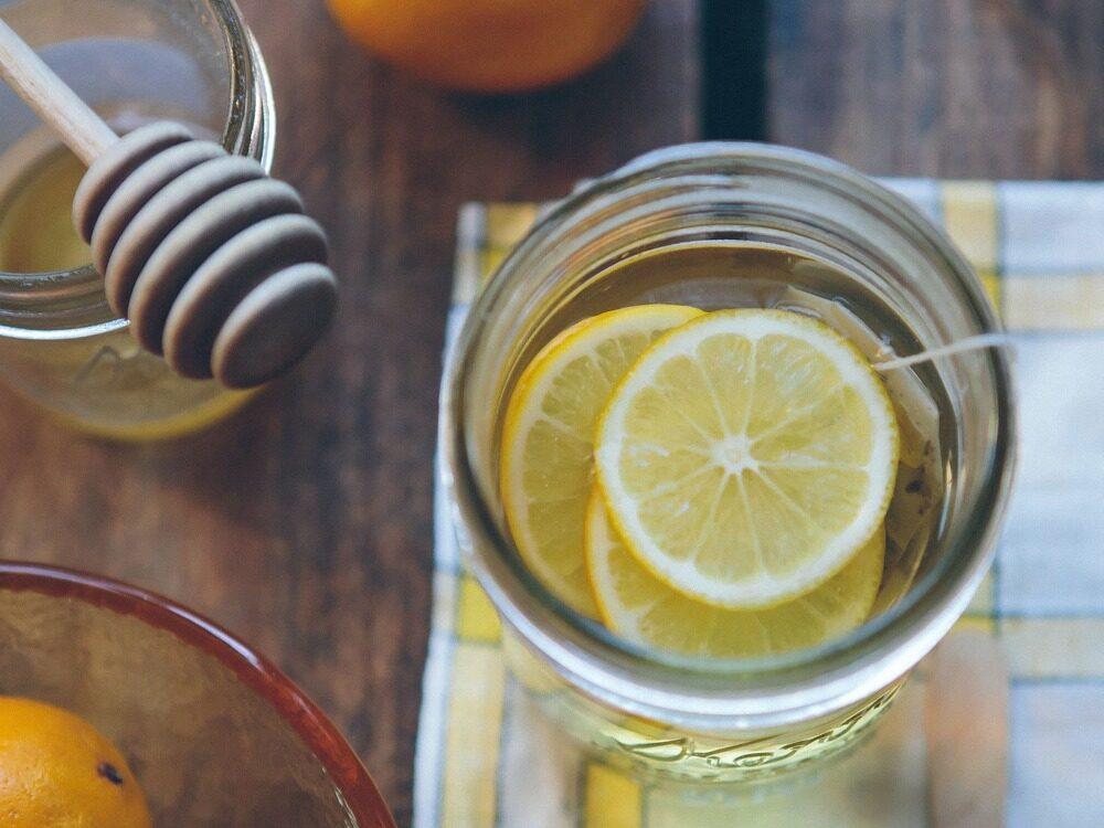 經痛 暖宮 蜂蜜檸檬水