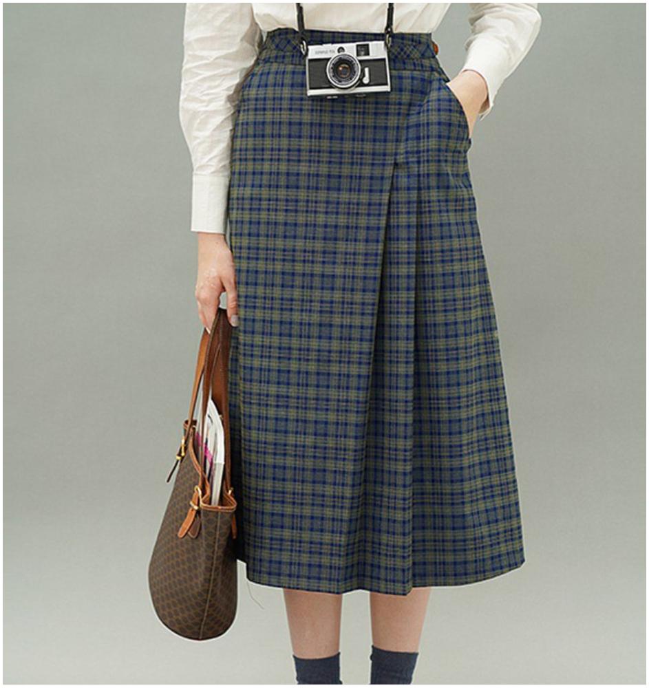 英倫風藍色格紋半身褶裙(按上圖訂購)