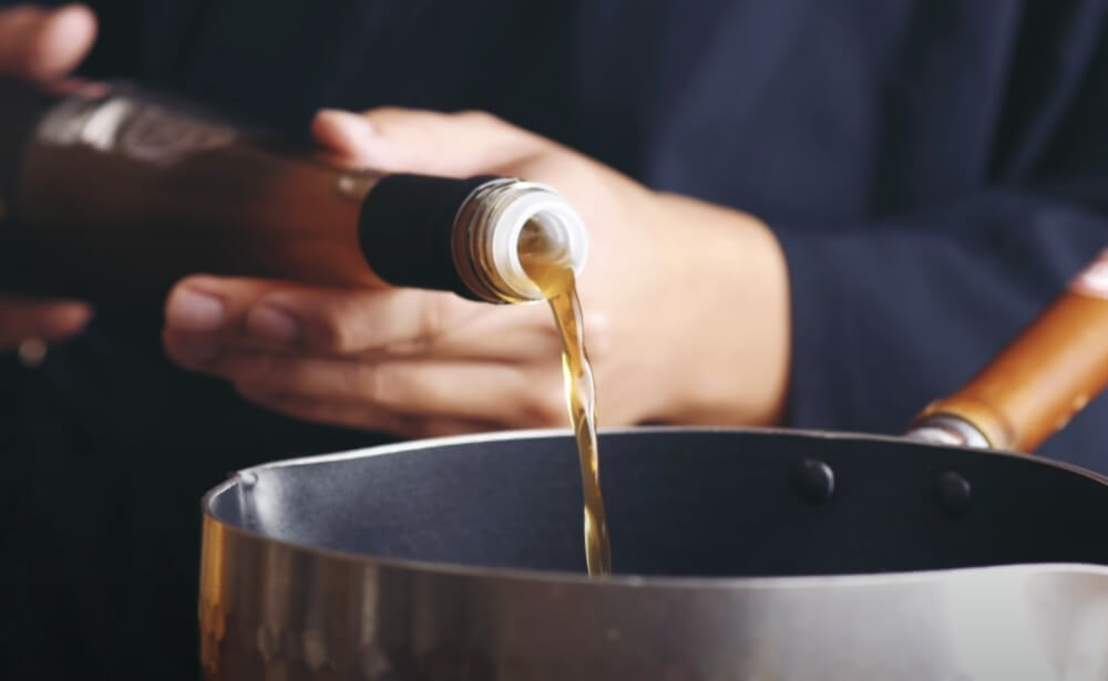 琥珀羹作法-加入紅烏龍醋