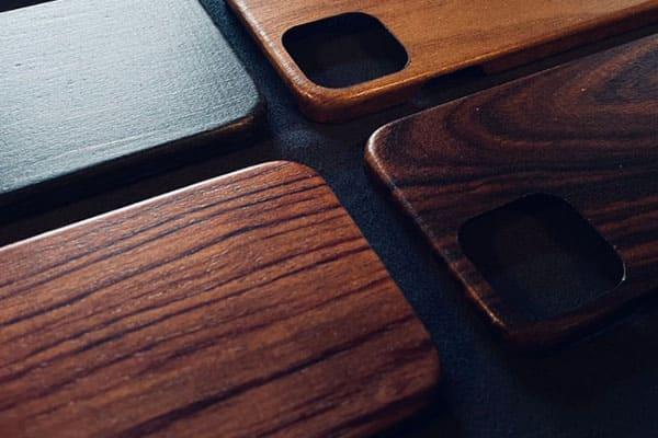 2021 客製化手機殼推薦:暖暖的木紋手機殼