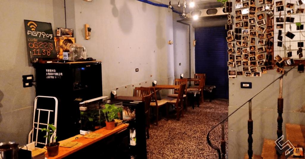 2021 台南旅遊推薦:台南特色老屋酒吧  - 後面還有小酒館