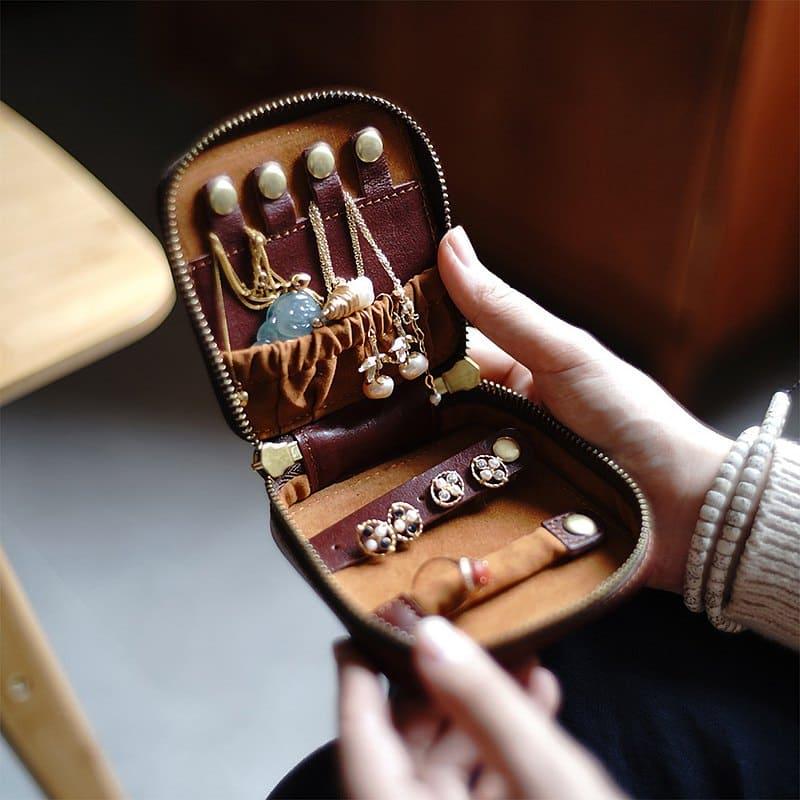 真皮飾品收納包,隨身收納飾品很好用
