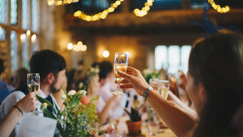 2021 謝師宴如何選擇餐廳,考量預算?