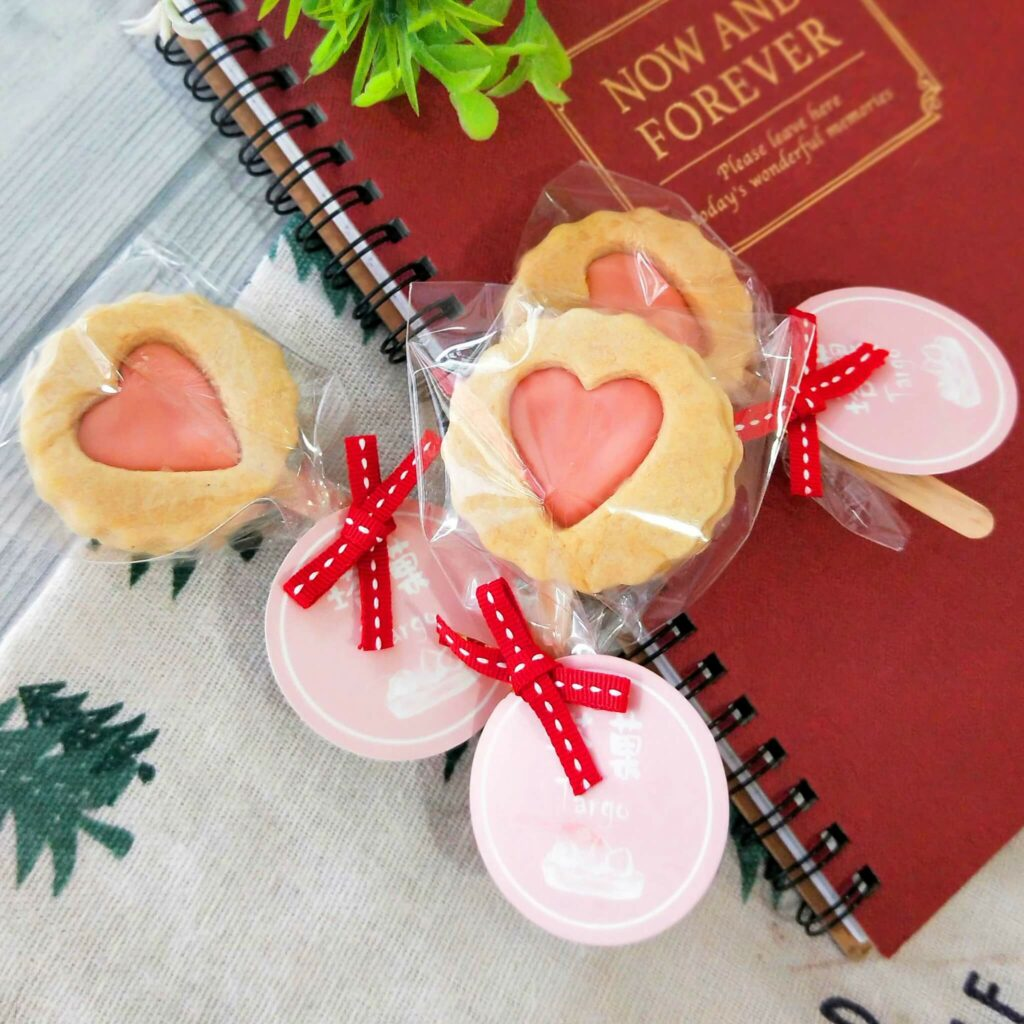 手工餅乾推薦:適合當婚禮小物的餅乾棒棒糖