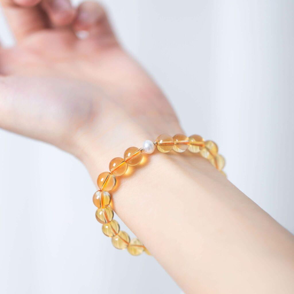 黃水晶手鍊建議戴在左手