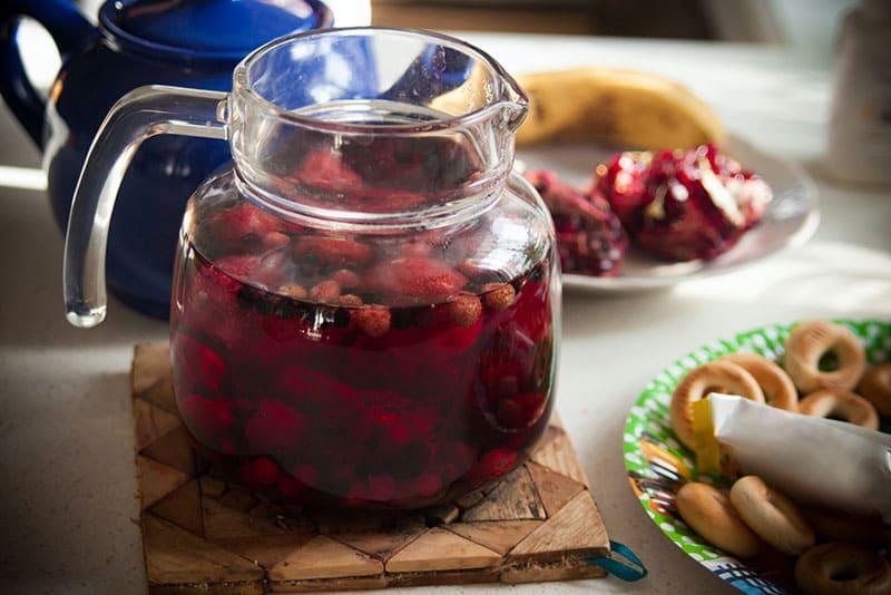 水果茶是常見的消暑飲料