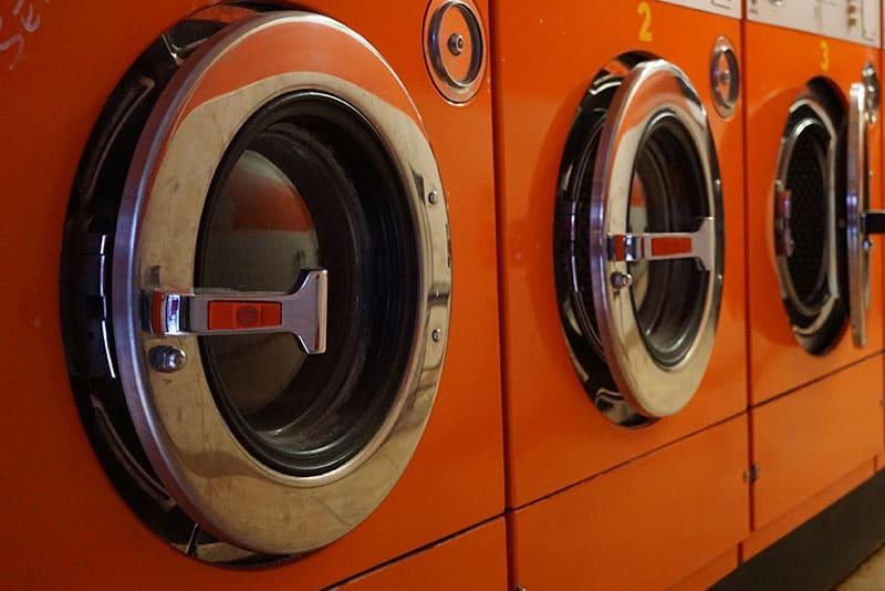 用溫水洗可以改善衣服染色