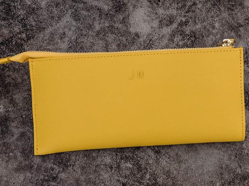 黃色皮夾是財富的象徵