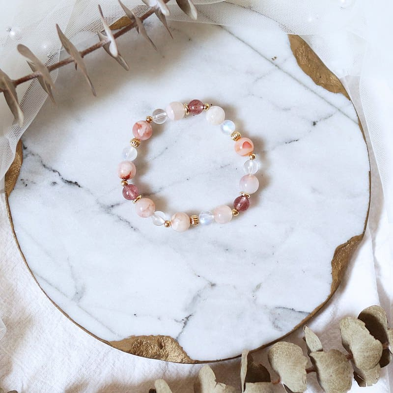 草莓晶招桃花手鍊