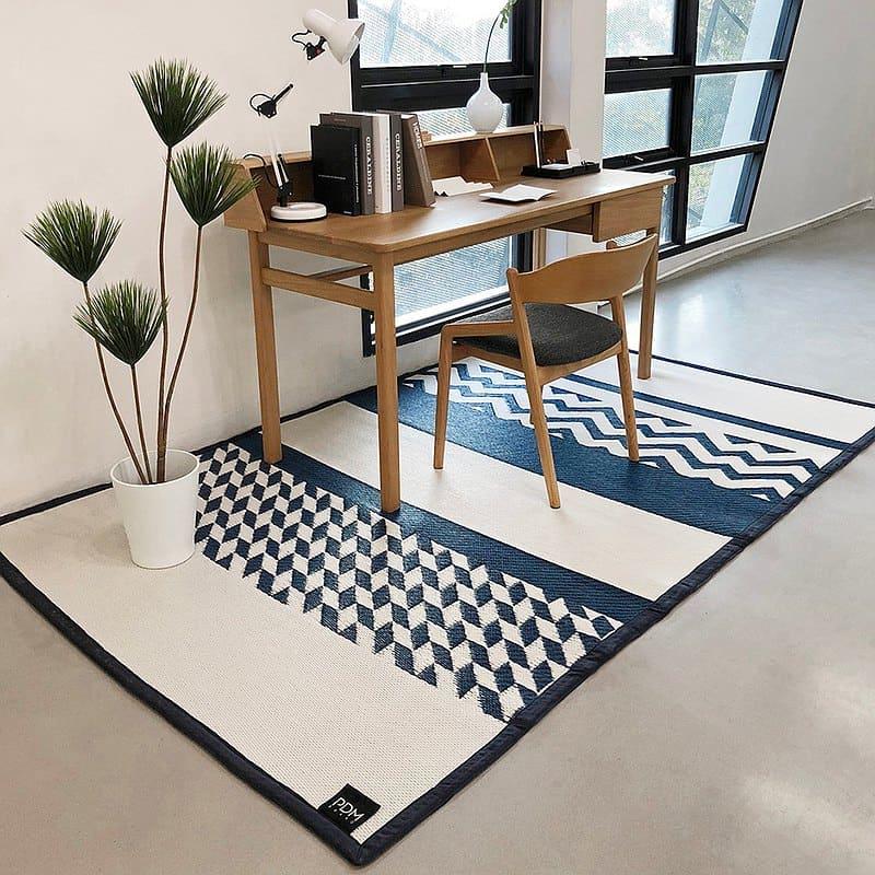 整理房間撇步:用地毯區隔空間
