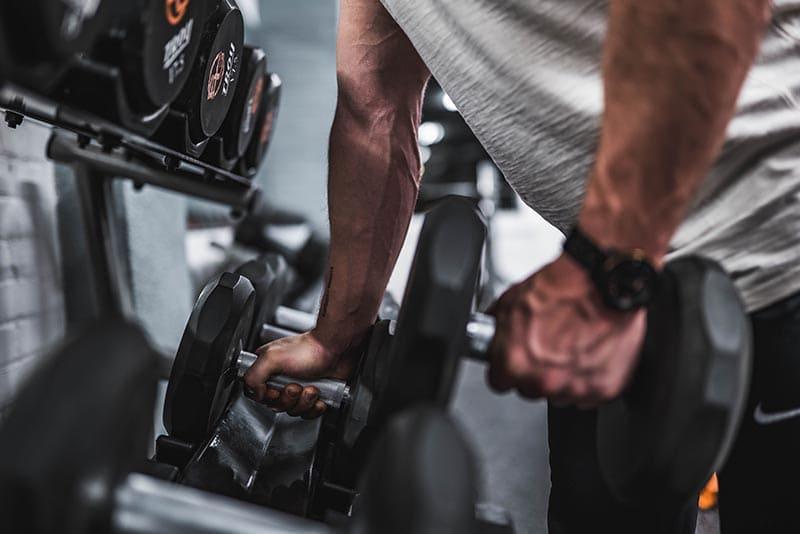 健身要從輕重量開始